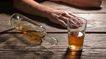 alkoholi, riippuvuus, viina, humala