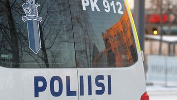 poliisi poliisiauto (2)
