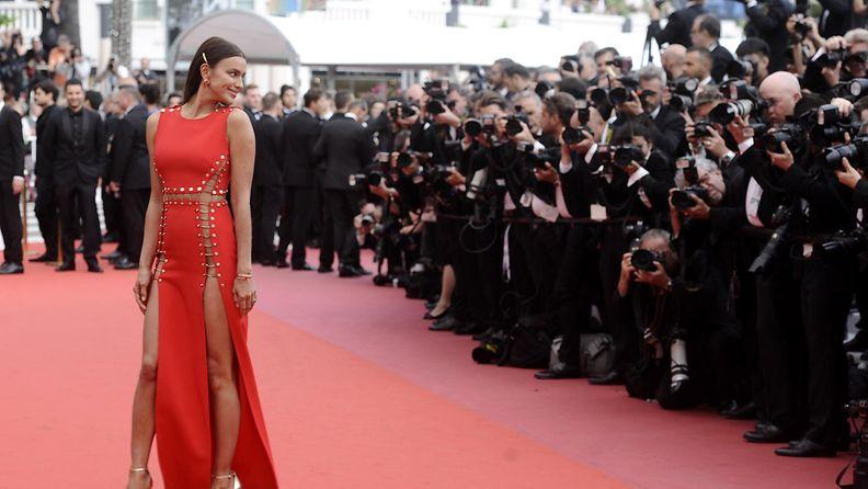 Irinia Shayk Cannes