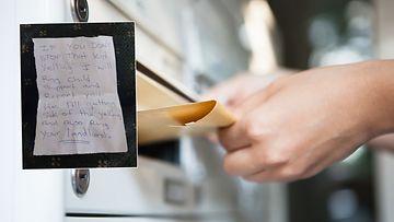 postiluukku, kirje