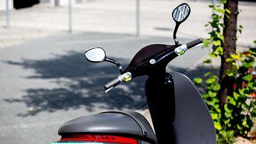 AOP skootteri mopo scooter 17.54497255