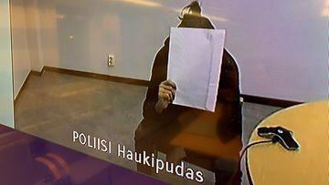 Vuonna 2000 syntynyt mies vangittiin Oulussa todennäköisin syin epäiltynä törkeästä lapsen seksuaalisesta hyväksikäyttöstä