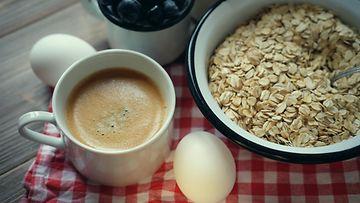 aamupala kananmuna kahvi puuro