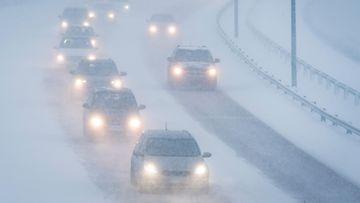 liikenne talvi talviautoilu