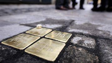AOP kopastuskivi natsi-Saksa juutalaiset muistomerkki 16.2.85387917