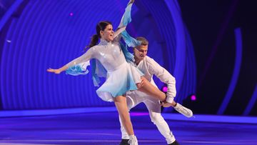 saara aalto dancing on ice (7)