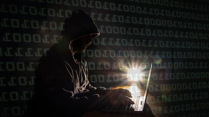 AOP Hakkeri hakkerointi tietomurto tietoturva 1.03738927