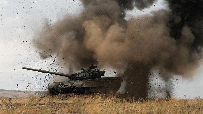 Kapinallisten tankki Ukraina sotaharjoitus