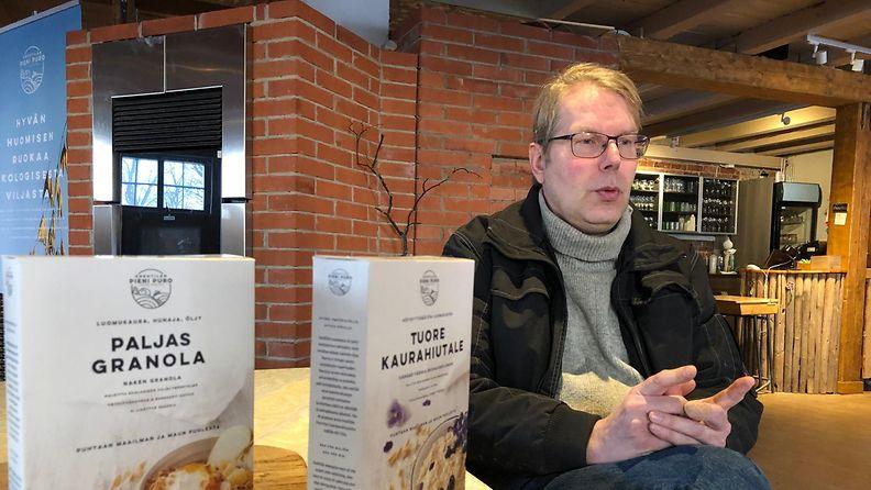 Markus Eerola, Knehtilän tila