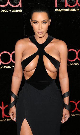 kim kardashian 18,2.2019 (1)