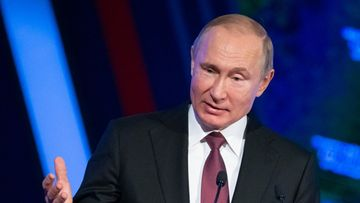 Vladimir Putin puhuu LIVE