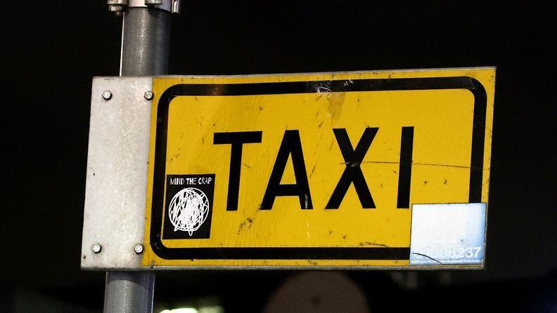 AOP taksi