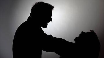 väkivalta perheväkivalta kuvitus AOP
