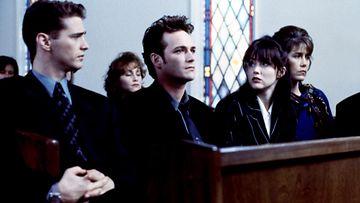 Beverly Hills 90210 vuonna 1994: Dylanin isän hautajaiset (Jason Priestley, Luke Perry, Shannen Doherty)