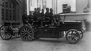 helsingin kaupunginmuseo sähköauto paloauto 1910