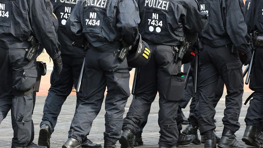 poliisi pidätettiin