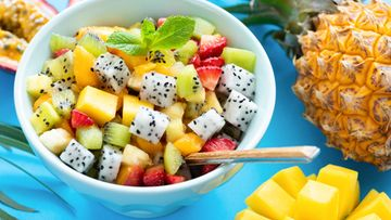 pitaija mango hedelmät hedelmäsalaatti