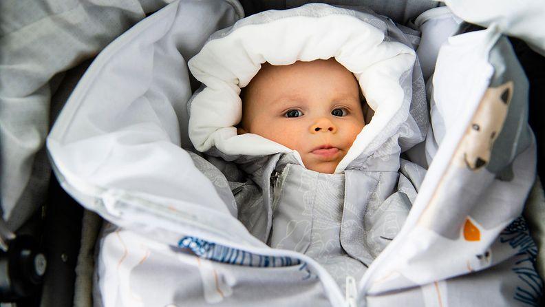 aitiyspakkaus2019_vauva6