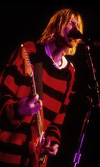 Kurt Cobain lavalla New Yorkissa 1993