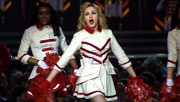 Madonna lavalla Denverissä 2012