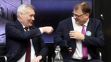 LK Antti Rinne ja Juha Sipilä HS:n vaalitentissä 9.4.2019