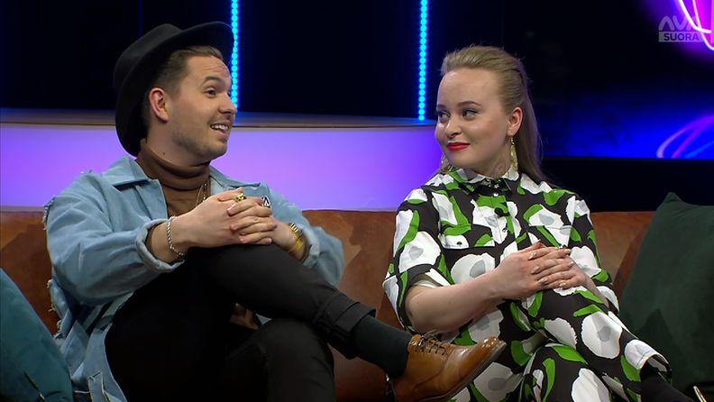 Mmiisas ja Tomas eli Miisa Rotola-Pukkila ja Tomas Grekov Vappu ja Marja Livessä 10.4.2019