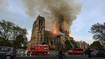 Notre Damen tulipalo Pariisi 15.4.2019 10