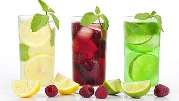 vodka lemonade drinkki cocktail