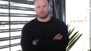 Juha Viikinki Mentula Gladiaattorit-pressissä