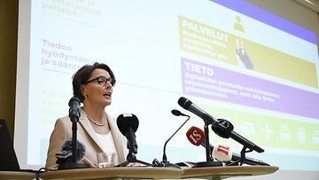 Liikenneministeri Anne Berner