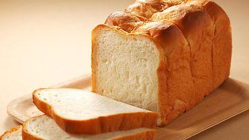 Japanilainen maitoleipä leipä