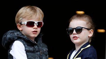 Monacon ruhtinaan lapset Jacques ja Gabriella (1)