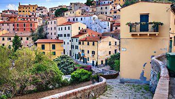Elban saari Toscanassa, kaupunki