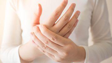 nainen, käsi, sormet