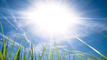 Aurinko kesä kuumuus helle helleaalto lämpöennätys