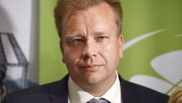 Antti Kaikkonen ministeri
