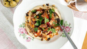 Sivumaku chorizo hummus