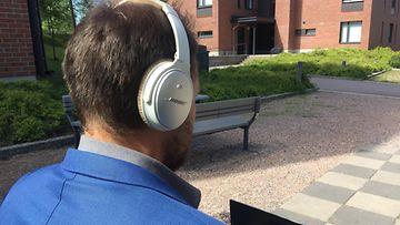 OMA kuulokkeet äänikirja