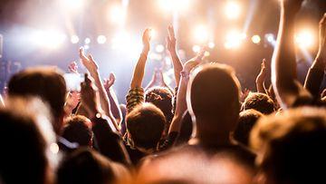 Konsertti, väkijoukko