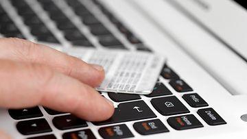 AOP kirjautuminen näppäimistö tietomurto hakkeri tunnukset