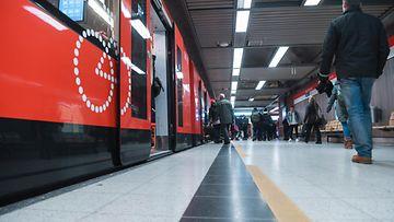 AOP metro