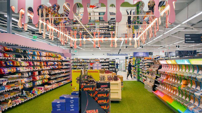 K-Supermarket Lasihytti karkkiosasto