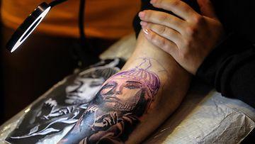tatuointi AOP