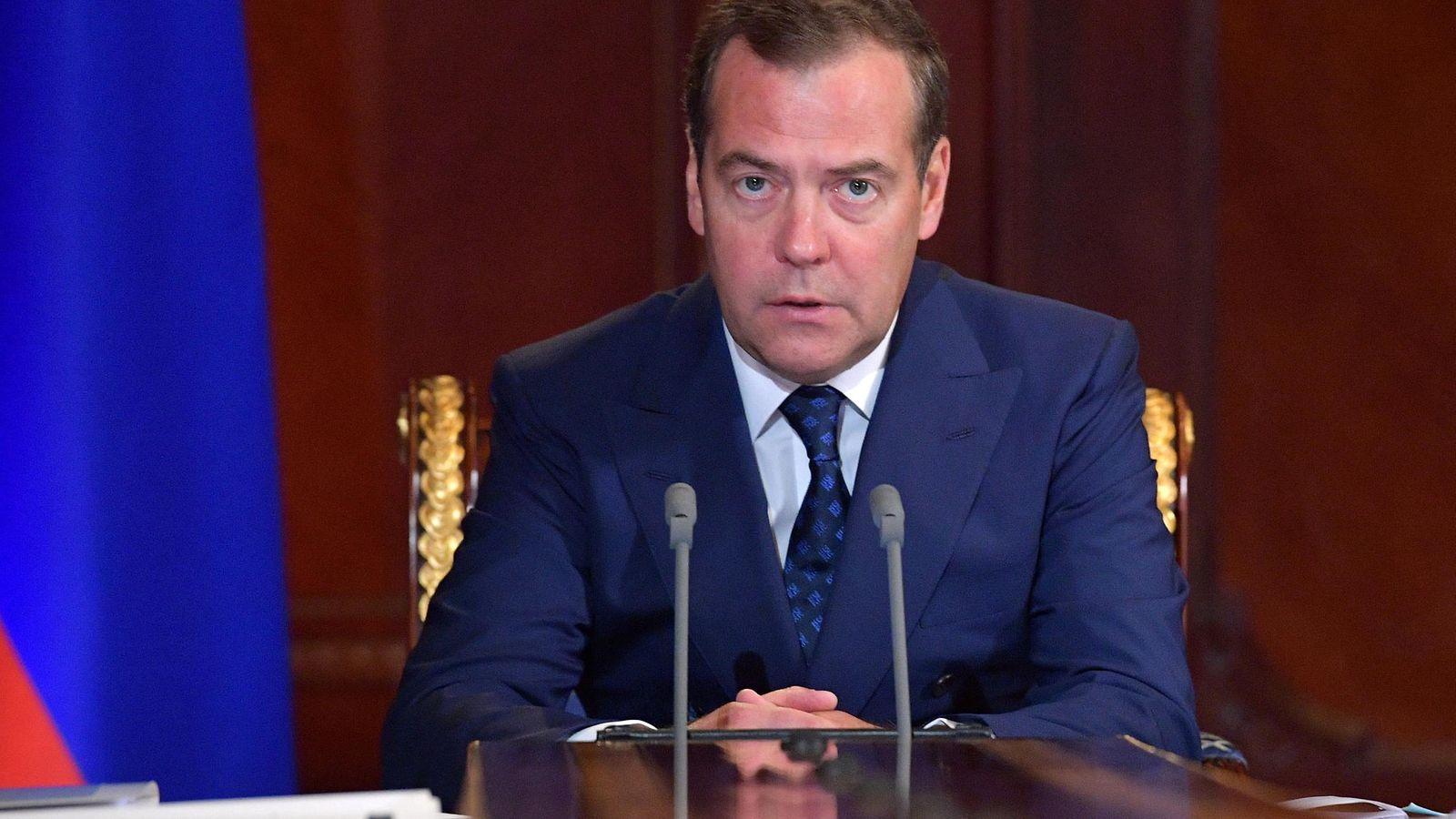 Venäjän pääministeri Medvedev soitti onnittelupuhelun pääministeri Rinteelle – kutsui myös vierailulle Moskovaan