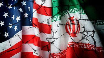 Iran ja USA liput kuvituskuva