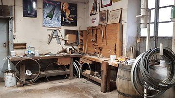 Bollinger tynnyrinkorjaajan työkalut