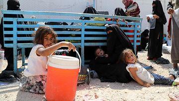Al-hol pakolaisleiri AOP
