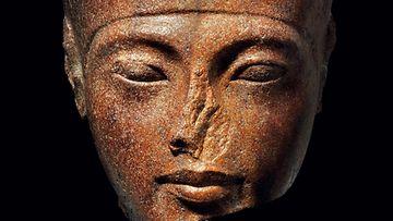 tutankhamon patsas2 LK