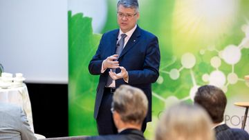 aop, Jussi Pesonen, UPM toimitusjohtaja