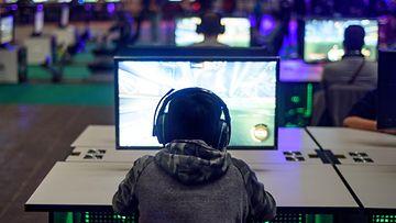 AOP e-urheilu, virtuaalitodellisuus, media